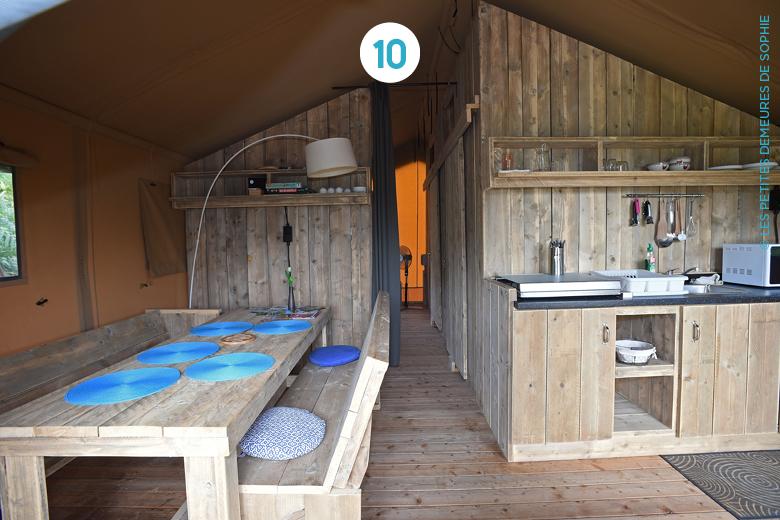 dormir sous la tente mais pas n importe laquelle bubblemag. Black Bedroom Furniture Sets. Home Design Ideas
